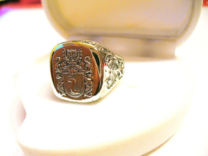 Silver hand engraved family crest ring Szreniawa coat of arms